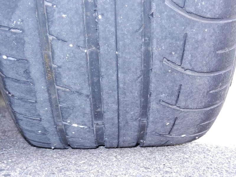 Les pneumatiques Dscn4915