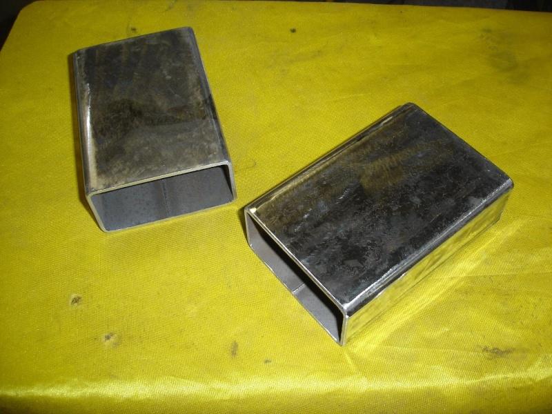 le petit tour à métaux de den's BV25L - Page 3 Equerr10