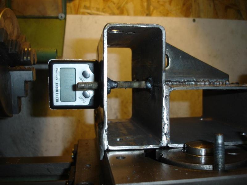 le petit tour à métaux de den's BV25L - Page 3 Equerr13
