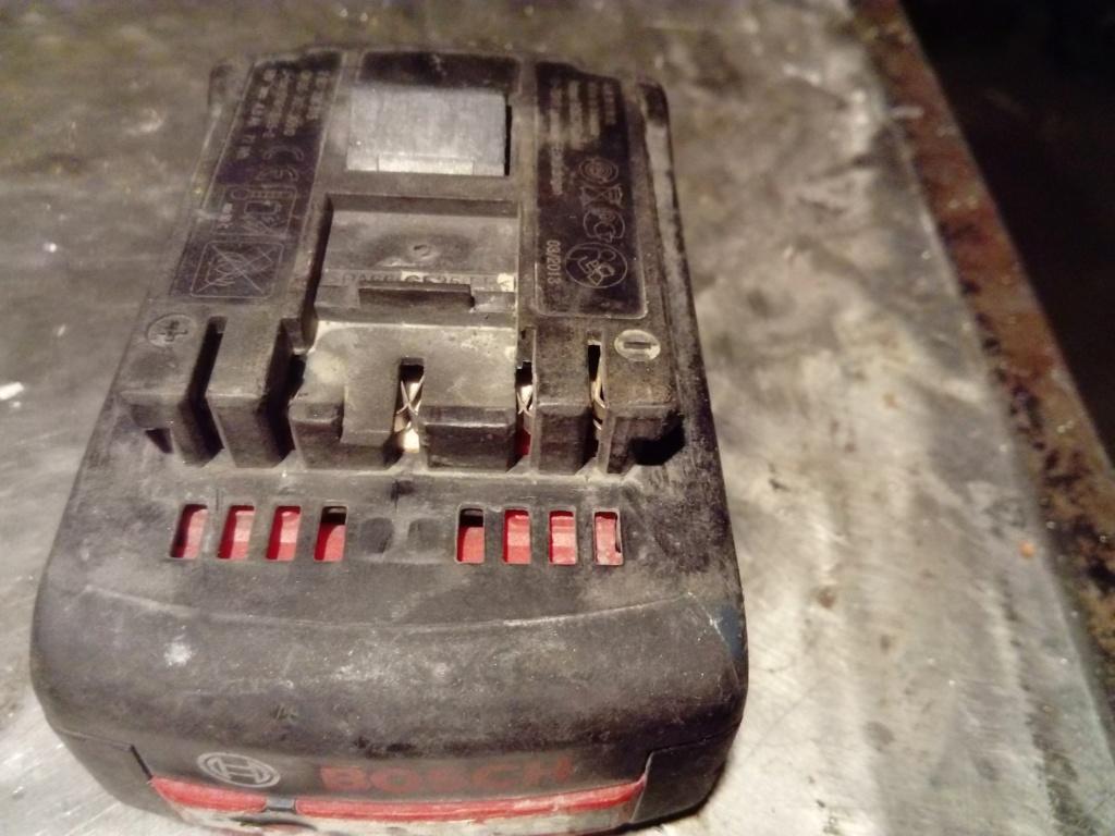 cherche chargeur batterie  Accu_b12