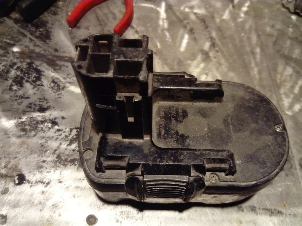 cherche chargeur batterie  Accu_s11