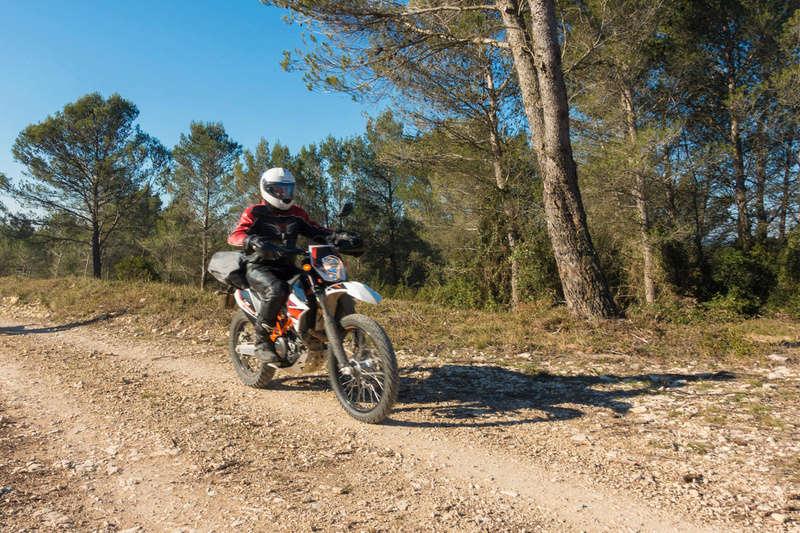 Balade Trail le 26 fevrier dans le Gard - Page 3 Dsc_0015