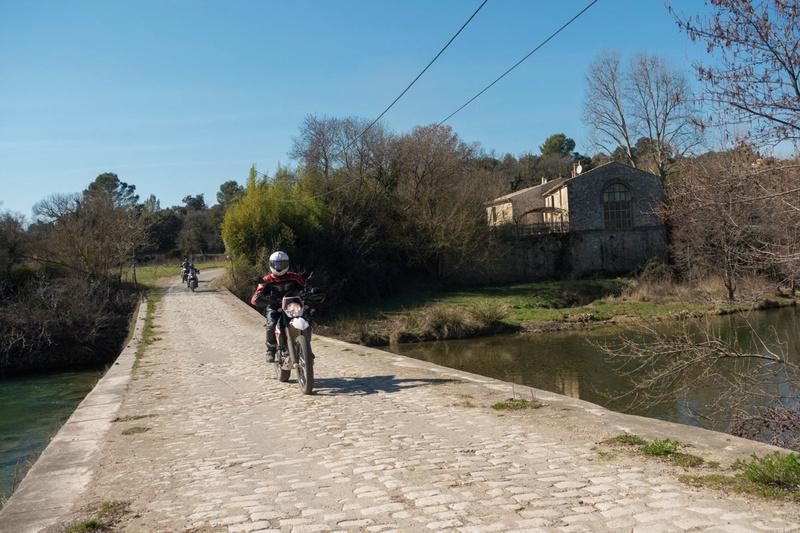 Balade Trail le 26 fevrier dans le Gard - Page 3 Dsc_0034