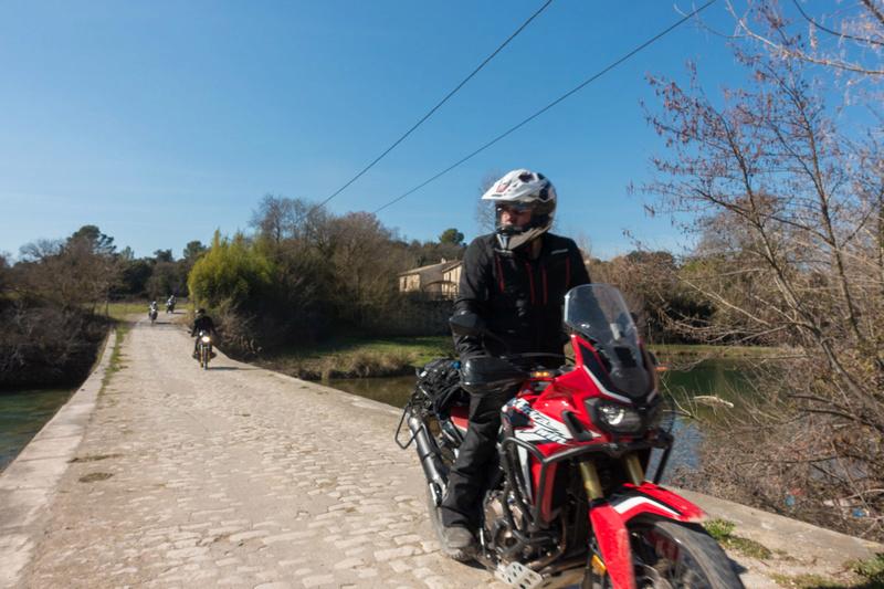Balade Trail le 26 fevrier dans le Gard - Page 3 Dsc_0037