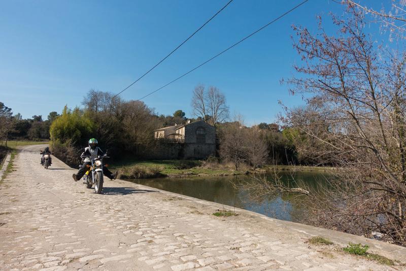 Balade Trail le 26 fevrier dans le Gard - Page 3 Dsc_0047