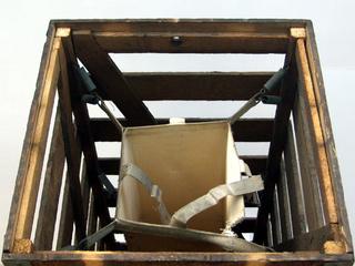 Caisse bois découverte dans un grenier 0000_011