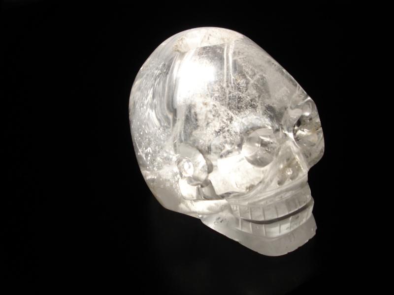 présentation exceptionnelle du Crâne de cristal des collections du musée du quai Branly Dsc01113