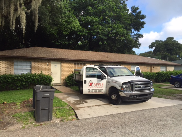 Tile Roof Cleaning In Tampa Florida Area Img_3111