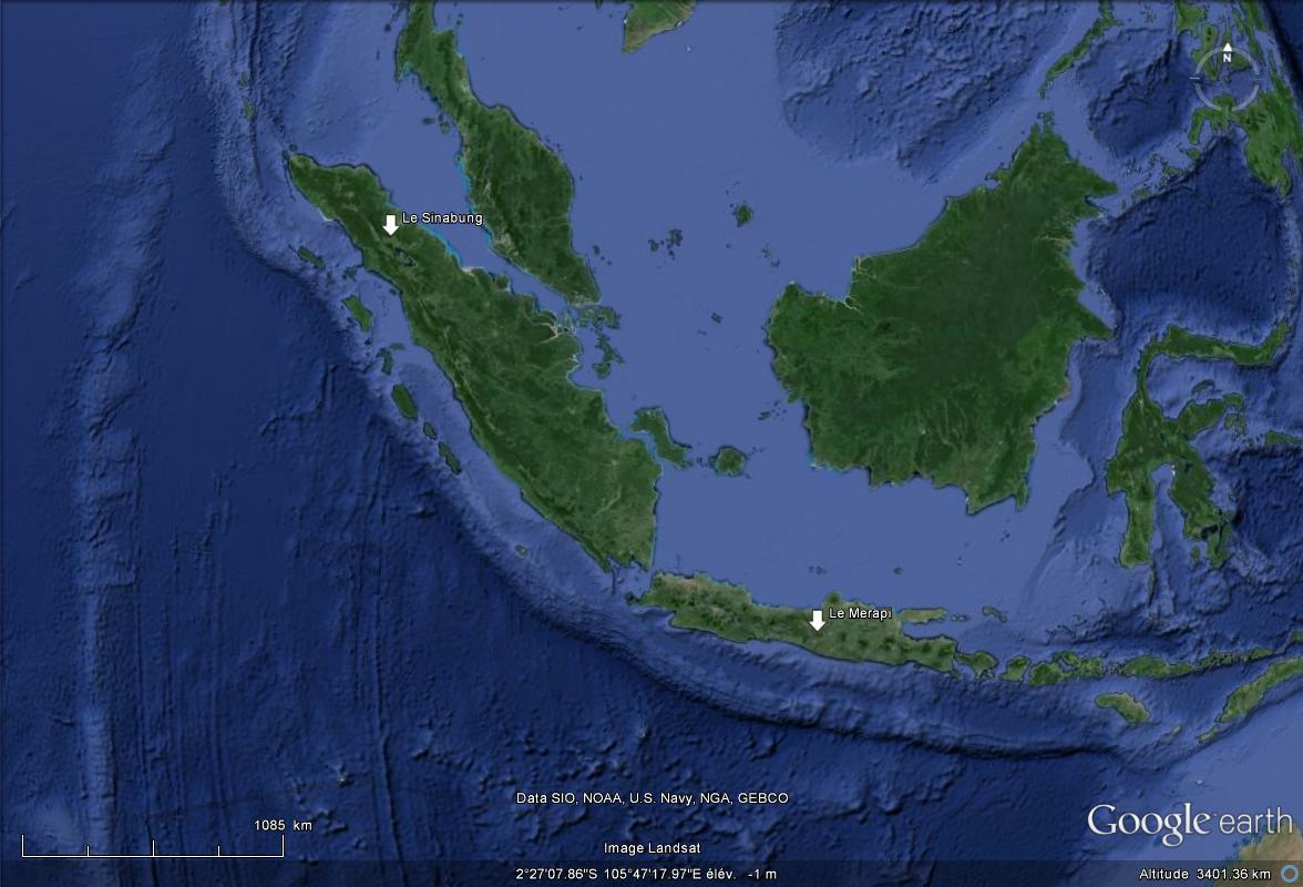 [Indonésie] - Deux volcans en éruptions Les_de10