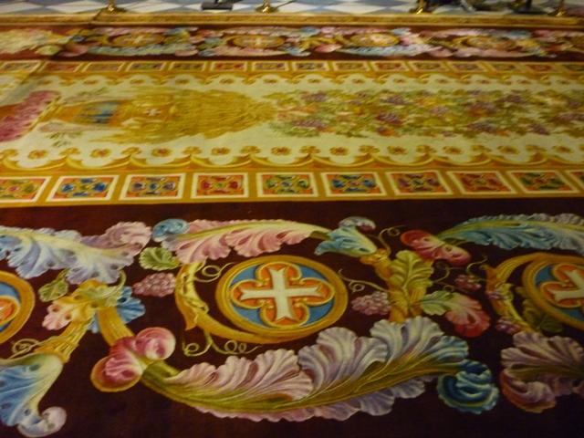 Notre-Dame de Paris. Exposition « Tapis du choeur » P1050613