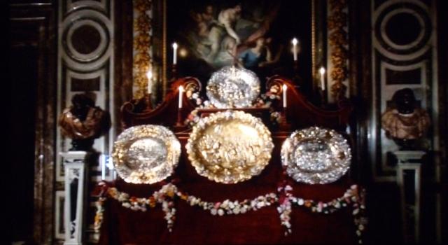 """Exposition """"Quand Versailles était meublé d'argent"""" (2007) - Page 2 P1070222"""
