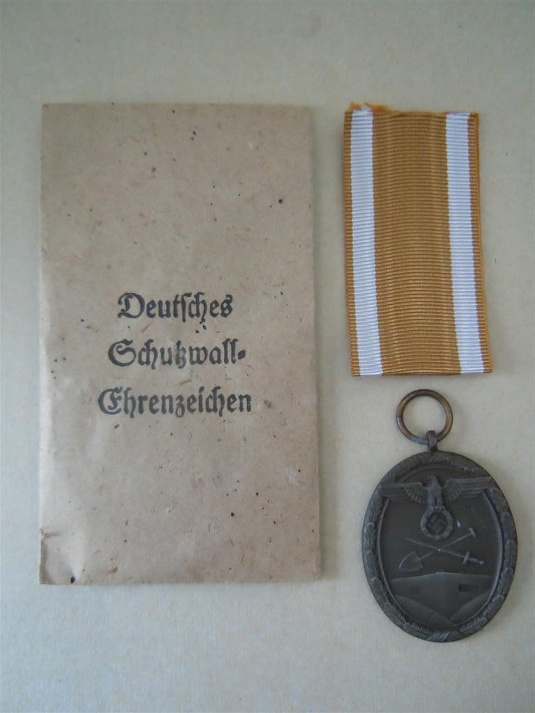 """médaille """"du mur de l atlantique"""" Dscn3821"""