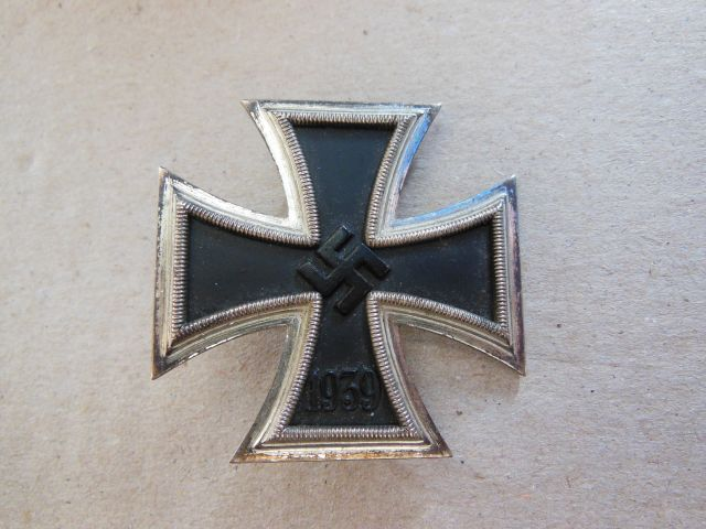 vend croix de fer de 1er classe Dscn6445