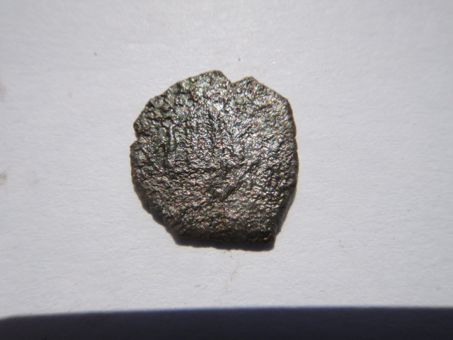 denier Menut de Philippe III d'Espagne 1600- 1605 Dsc03410