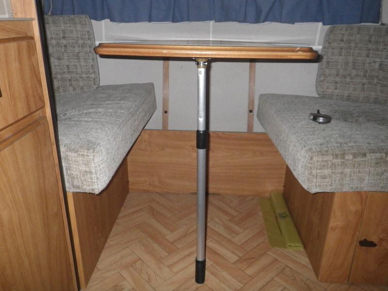 pied table télescopique 1510