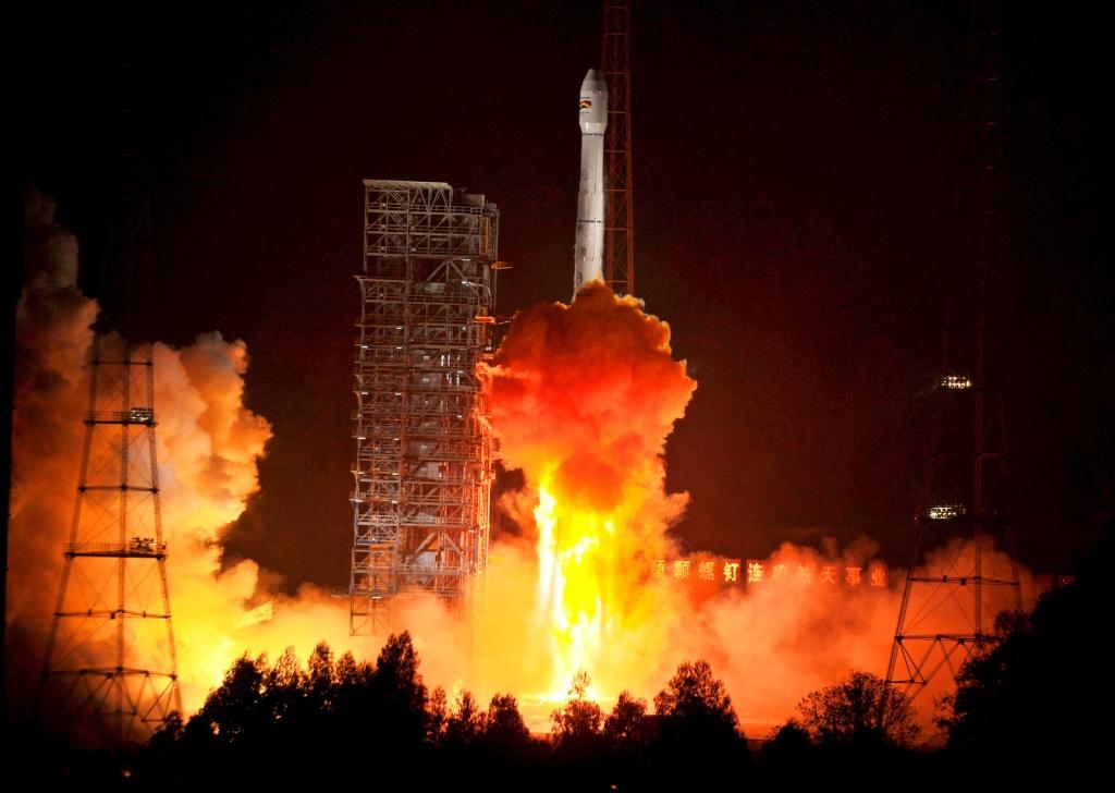 Lancement CZ-3B / TKSat-1 à XSLC - Le 21 Décembre 2013 - [Succès]  Milita48