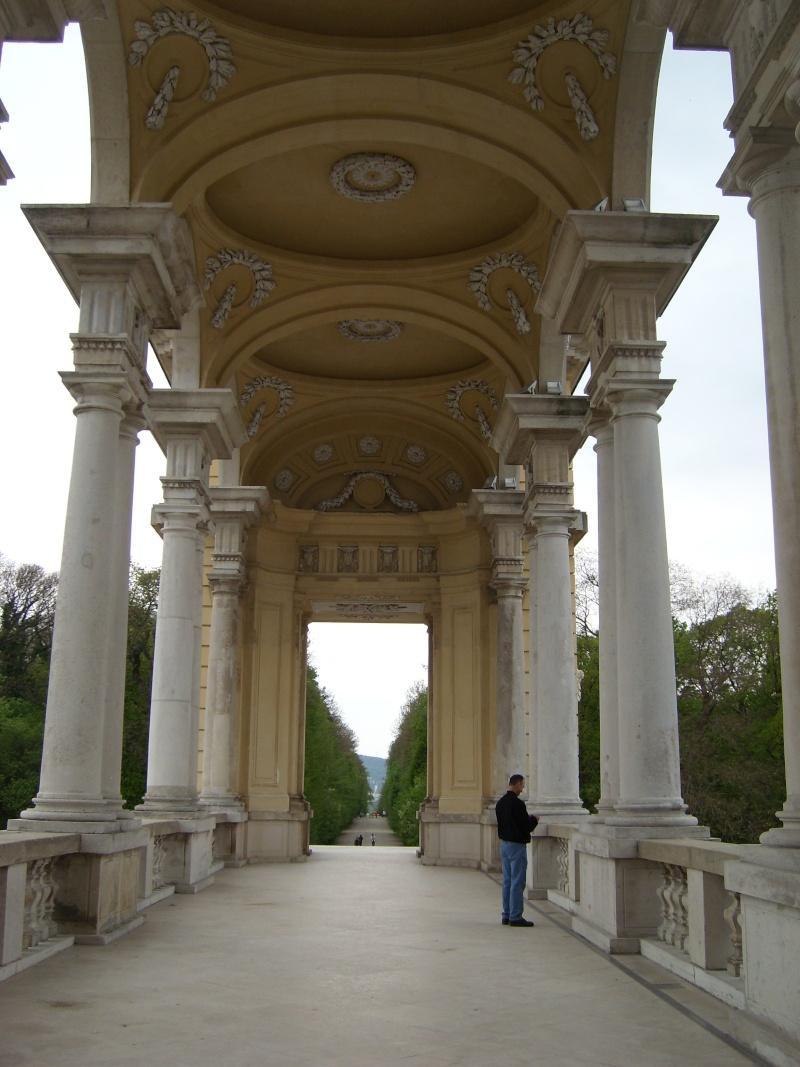 Le palais de Schönbrunn - Page 2 Vienn130
