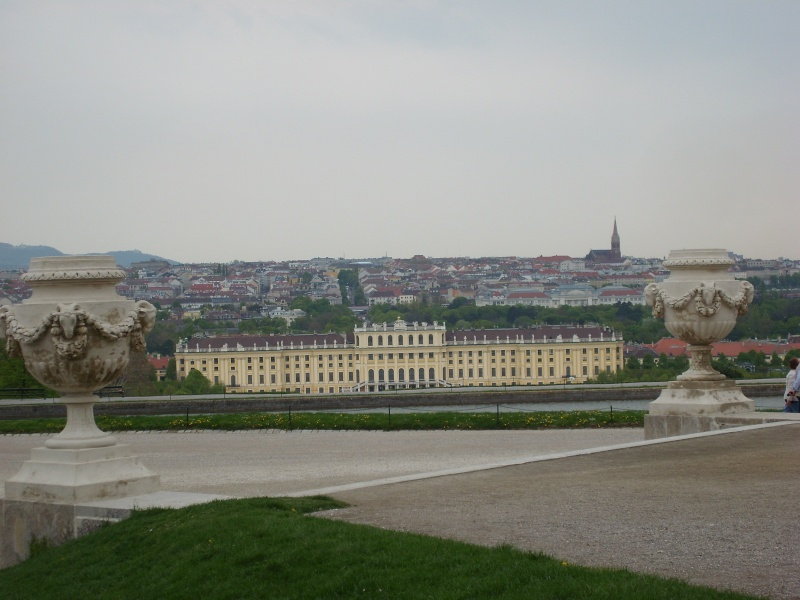 Le palais de Schönbrunn - Page 2 Vienn136