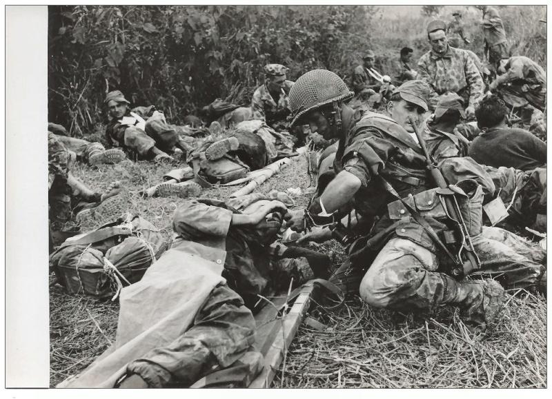 """opération """"Castor"""" 20-22 novembre 1953 2010"""