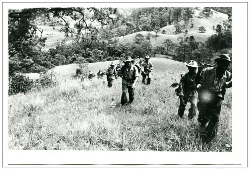 plaines des Jarres (Laos) Reconn11