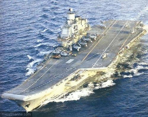 Porte-avion Amiral Kouznetsov Kousne11