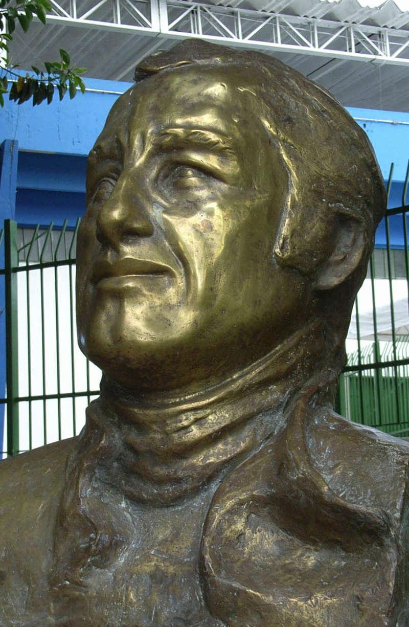 (AUTOMOBILISMO): Gênio brasileiro que não teve tempo de ser campeão, Pace morreu há 40 anos Jose_c10