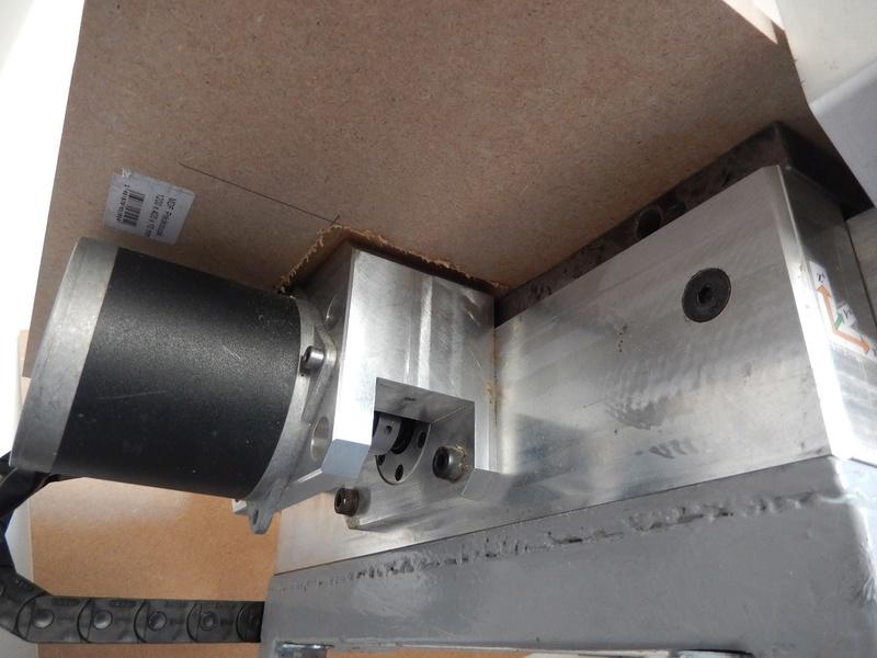 Fraiseuse CNC Dscn1011