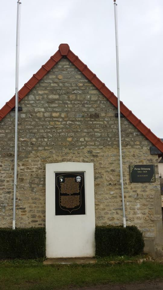 Monument WW2 - La Haute Addeville ( Manche - Normandie ) 14882910