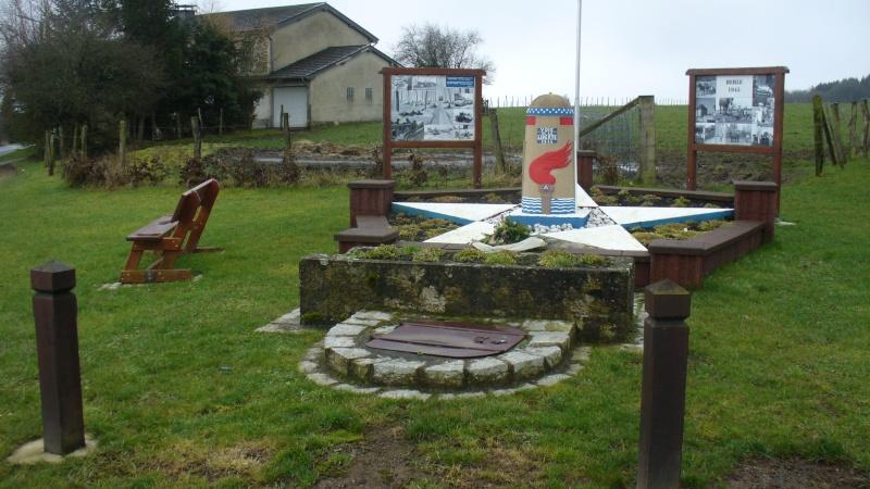 Monument WW2 - Borne de la liberté à Berle ( Lux ) P1130841