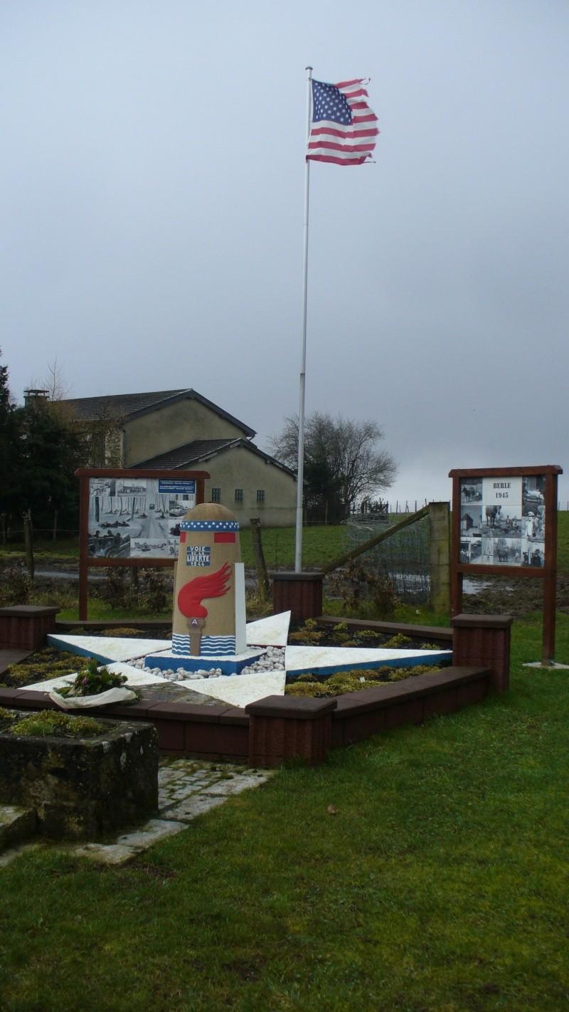 Monument WW2 - Borne de la liberté à Berle ( Lux ) P1130842