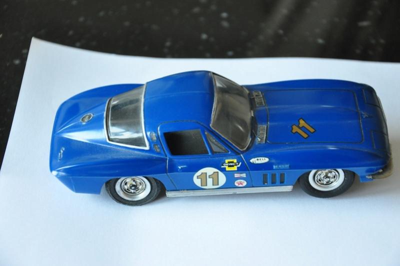 a vendre plusieurs voitures d'occasion cox revell monogramm 1/32 Dsc_0010