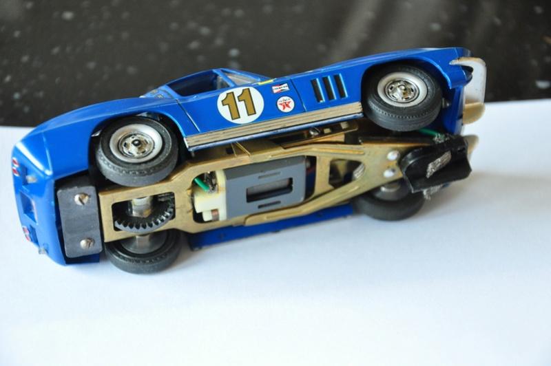 a vendre plusieurs voitures d'occasion cox revell monogramm 1/32 Dsc_0011