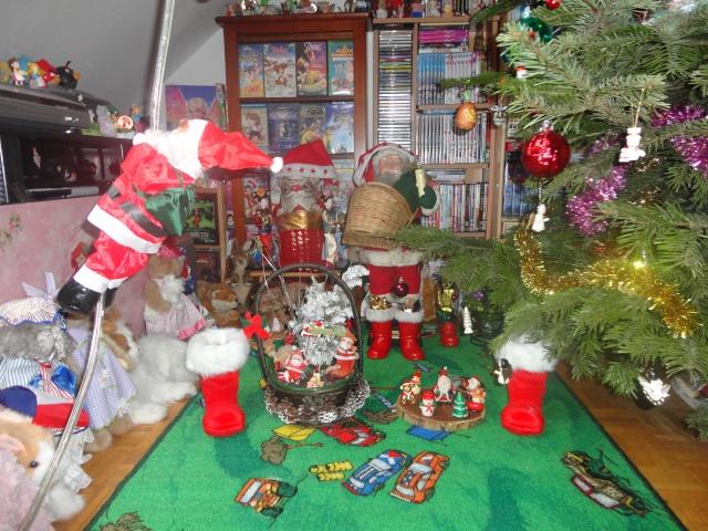 Votre décoration de Noel - Page 3 Dsc01713
