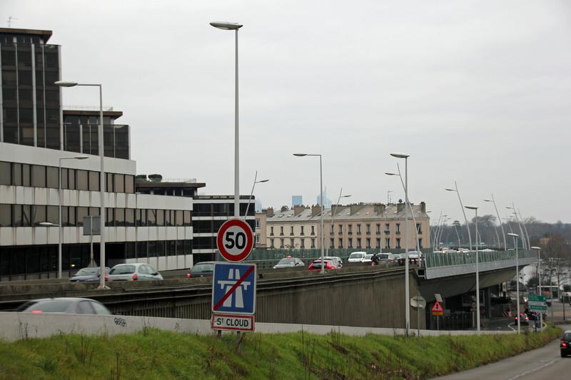 Eclairage des autoroutes - Page 2 Img_3412
