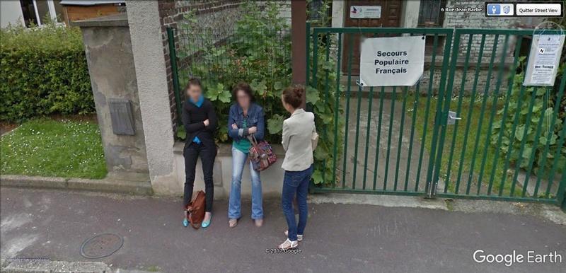 STREET VIEW : pris deux fois par la google car  Aa14