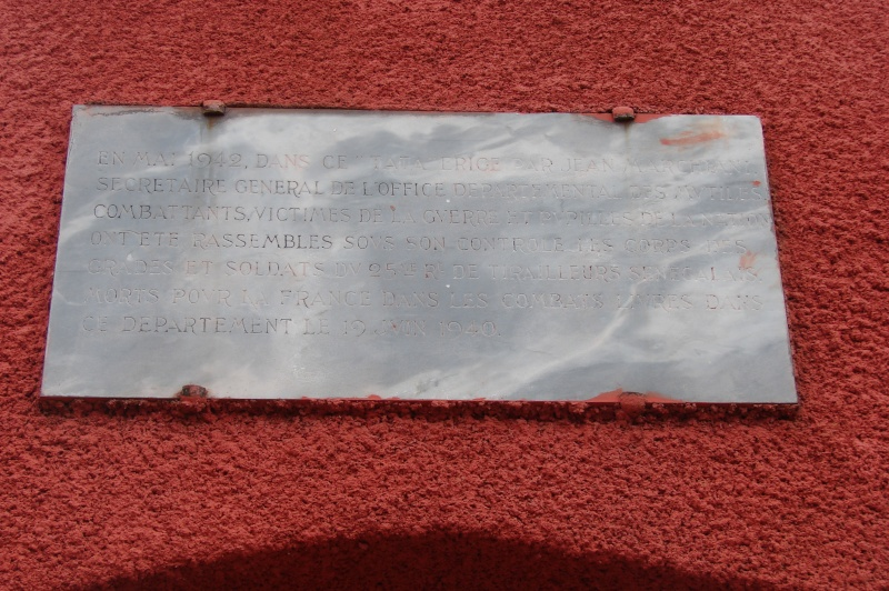 Tata sénégalais de Chasselay (dpt 69) 310