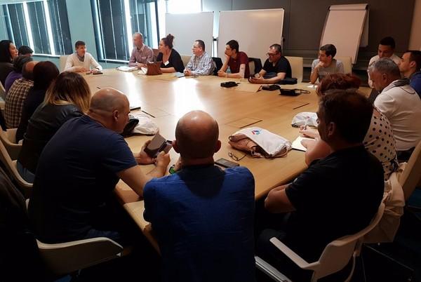 Une rencontre avec le Comité-Clients chez Bouygues Telecom... très instructive ! Whats_11