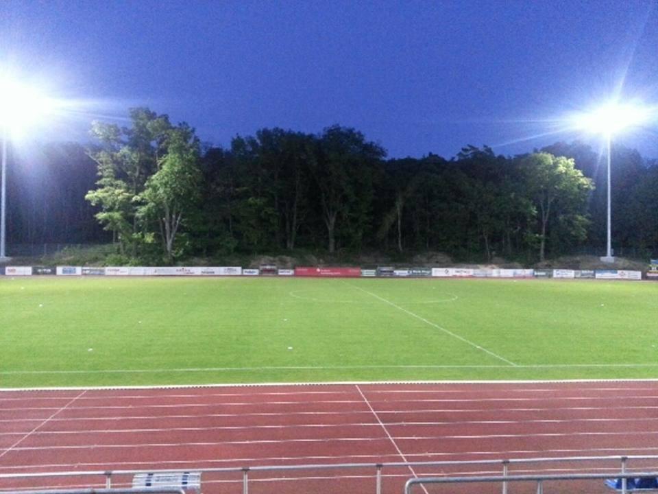 Stadionumbau/Flutlicht - Seite 15 10155210