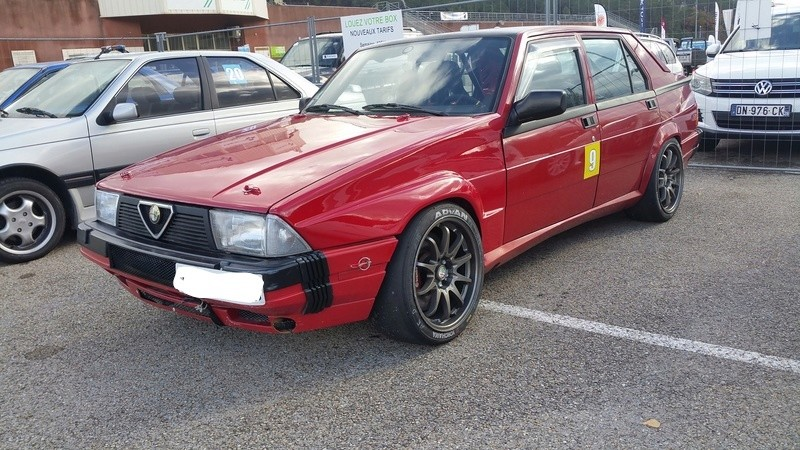 Alfa 75 turbo rouge - Page 4 20161110
