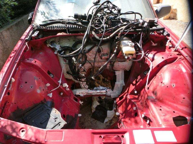Alfa 75 turbo rouge Cimg0915