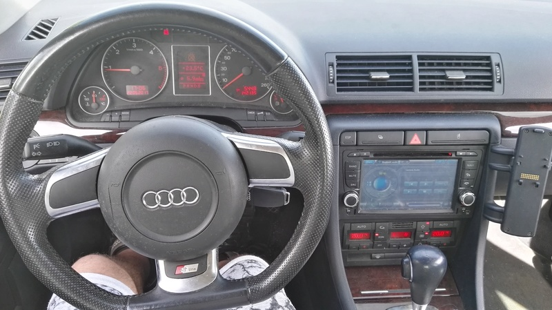 AUDI A4 2L TDi 140ch S-Line Multitronic 7 vitesses FULL OPTIONS Img_2064