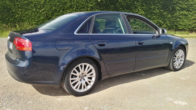 AUDI A4 2L TDi 140ch S-Line Multitronic 7 vitesses FULL OPTIONS Img_2068
