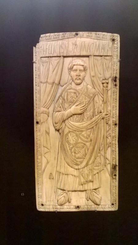 De retour de l'exposition sur les Mérovingiens au musée de Cluny  114