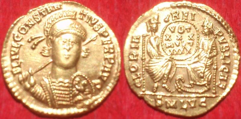 Un exceptionnel solidus lyonnais pour Constance II 5762110