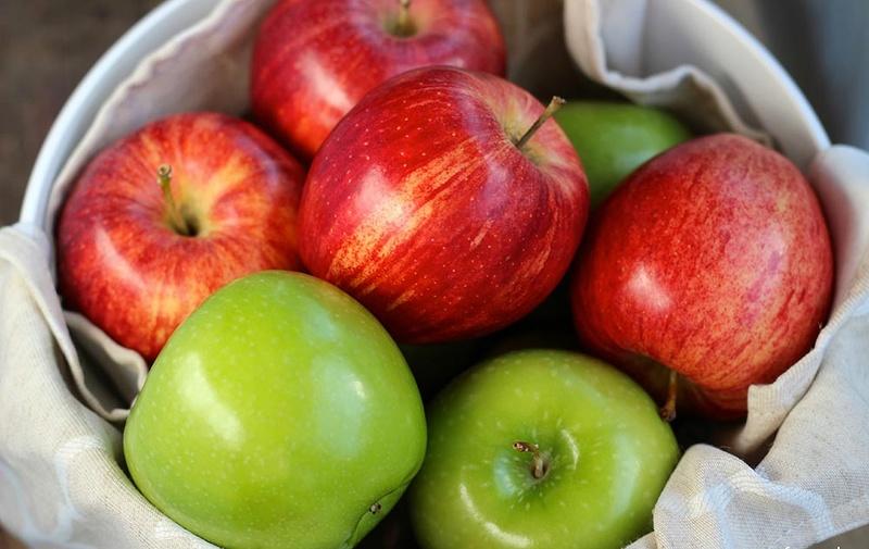 فوائد التفاح Apples10