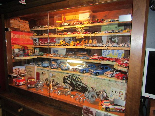 mini musée d'un fada..... Maison12