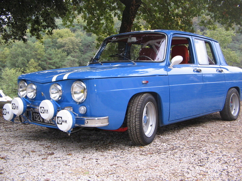 une bleu...... R8_alp12