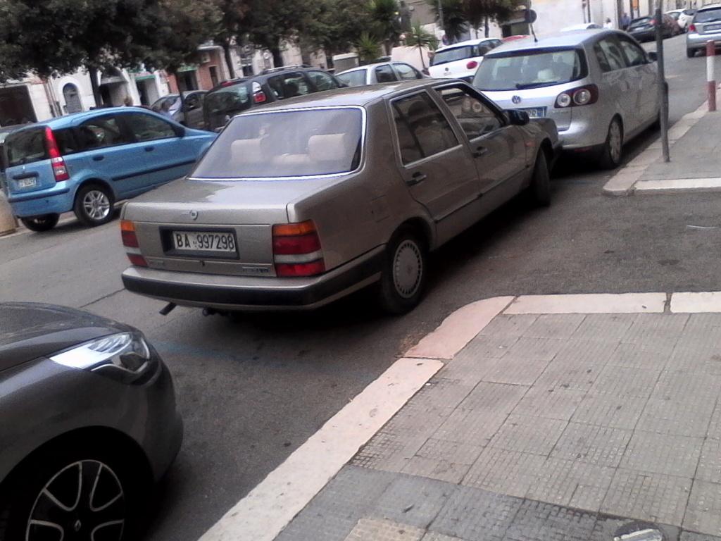 avvistamenti auto storiche - Pagina 3 02013