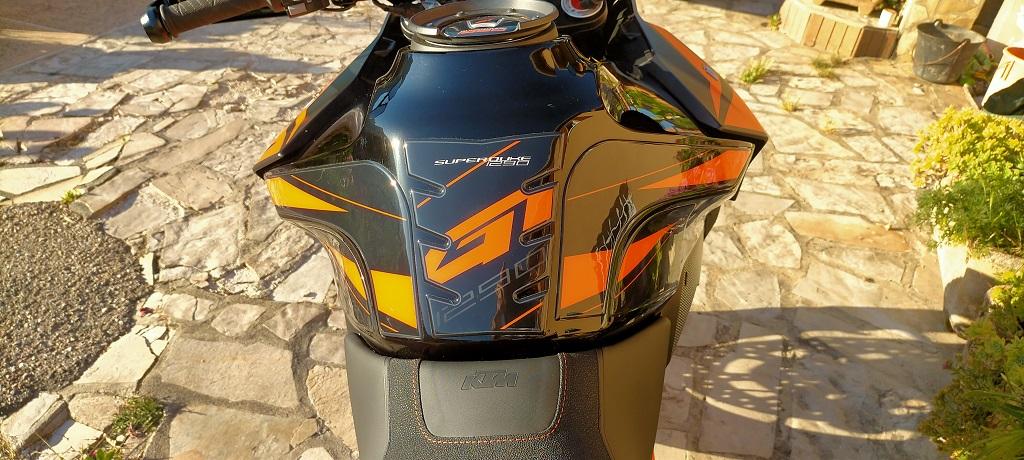 Stickers de protection de réservoir Img20210