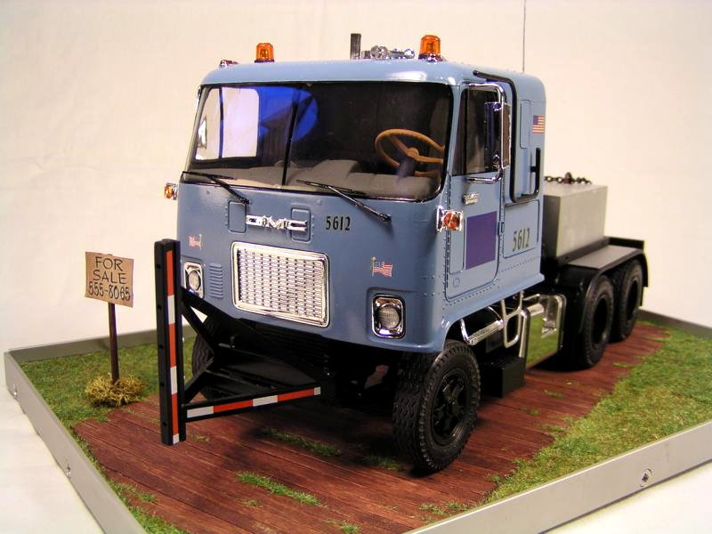 GMC Astro 95 von AMT 1.25 00210